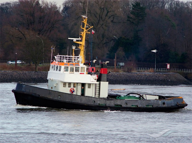 1650 hp Single Screw Fixed Pitch Propulsion Towing Tug